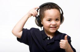 boy-listening-headphones[1]